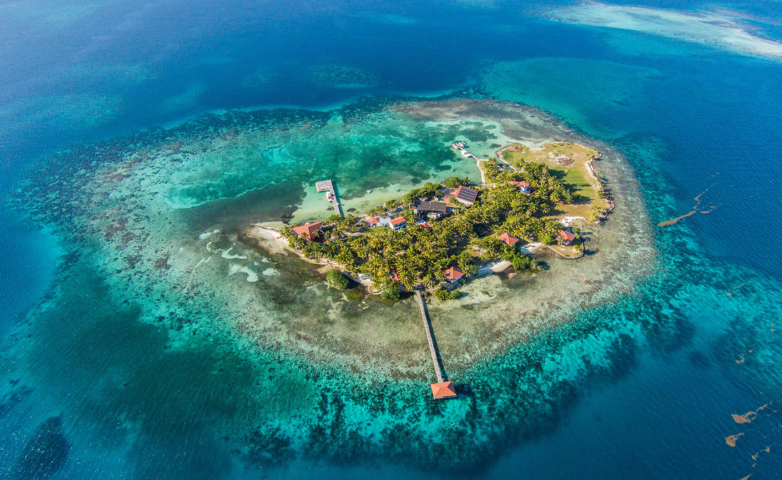 A private island in Belize: do you want to buy it?