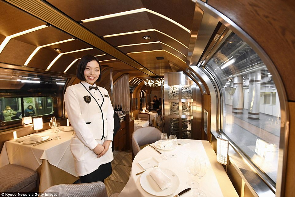 Shiki-Shima-Train-Suite-Japan-Ultra-Luxurious-Sleeper-Train-the-dining-the-chic-flaneuse