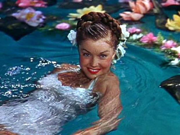 Esther Williams_ZiegfeldFollies thechicflaneuse
