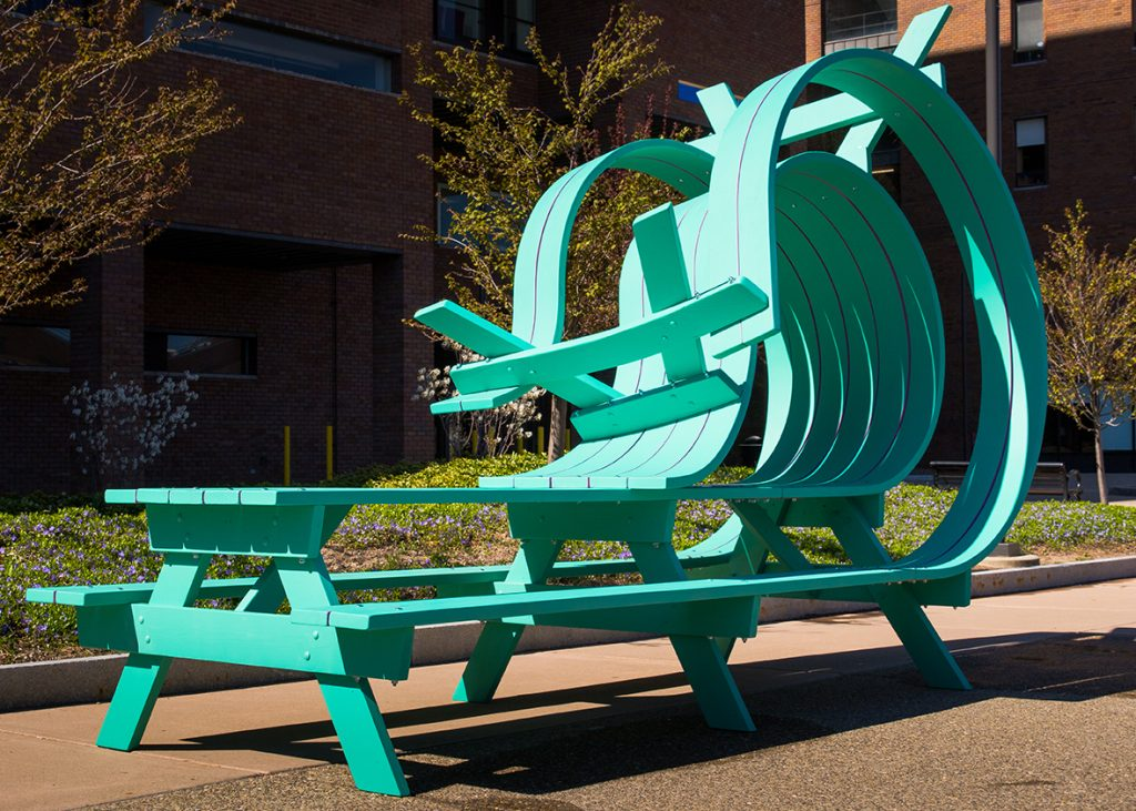 Michael-Beitz-sculptural design and human relationships green bench - thechicflaneuse