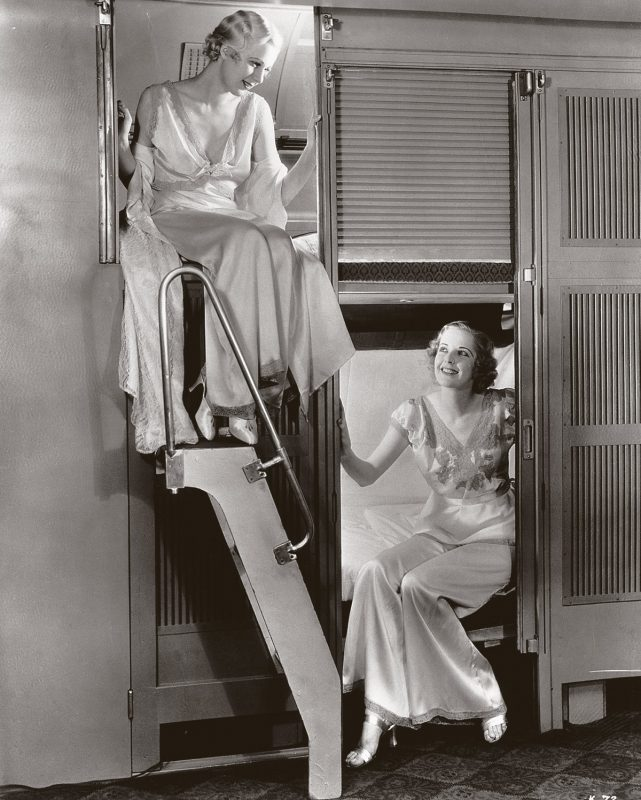 Pullman-sleepers-with-closable-berths-1934-Bettmann-Archive-Getty-Images
