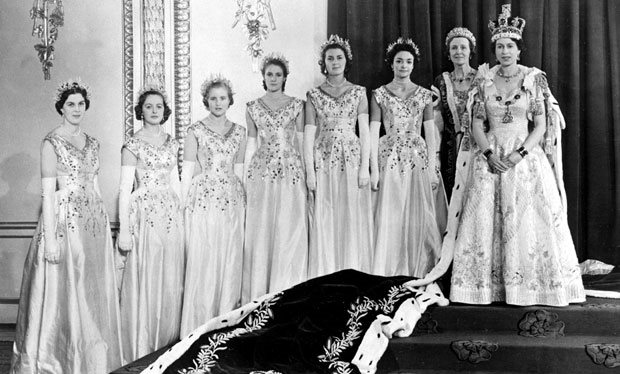 Queen Elisabeth coronation_day maids_of_honour thechicflaneuse