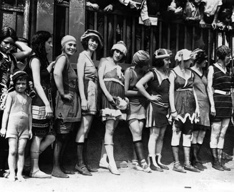 Bathing suits in the 20s - thehciflaneuse