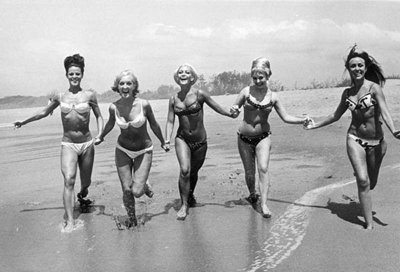A brief history of the swimming suit from the beginning to the ...