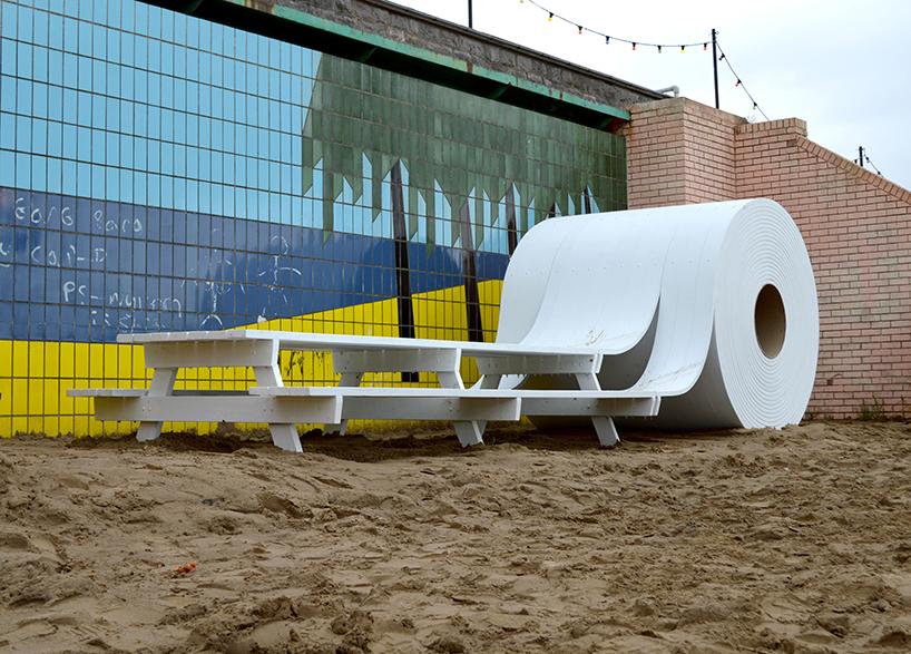 michael-beitz-sculptural-installation toilet paper - thechicflaneuse