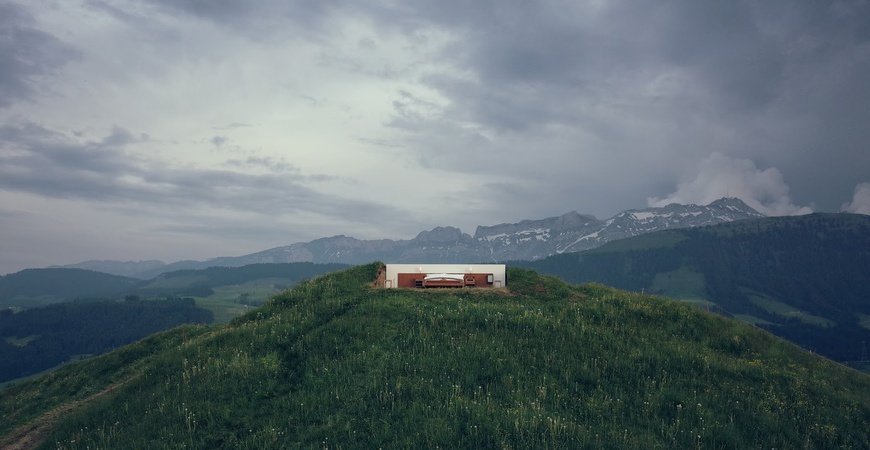 null stern hotel bed in the swiss alps thechicflaneuse
