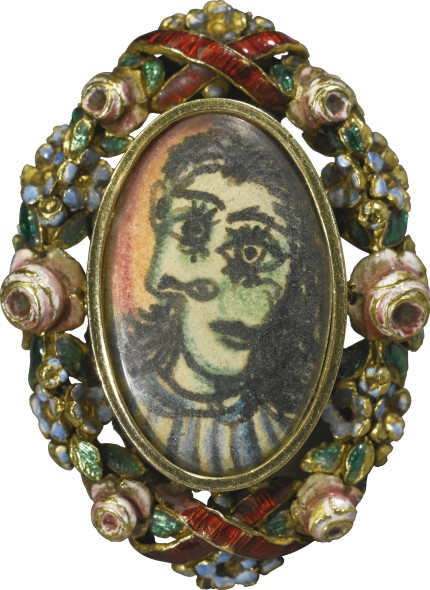oval ring portrait of Dora Maar - Pablo Picasso - thechicflaneuse