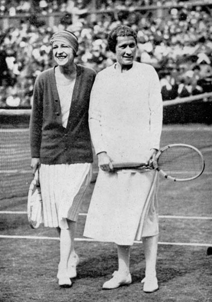 1925 Suzanne Lenglen (left) and Elizabeth Ryan