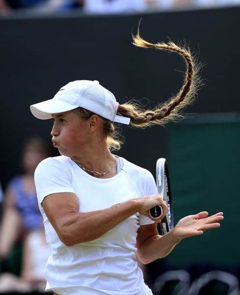 2015 Yulia Putintseva with her long braid