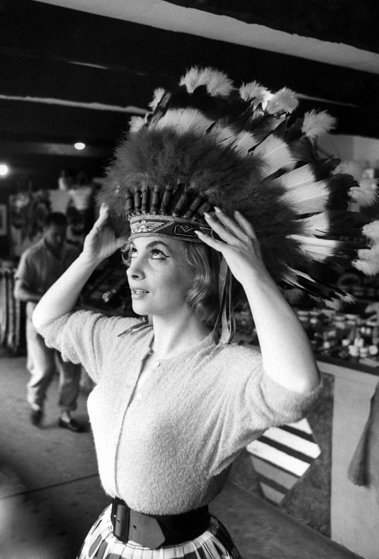 Peter Stackpole, Portrait of Gina Lollobrigida, Toronto, 1960