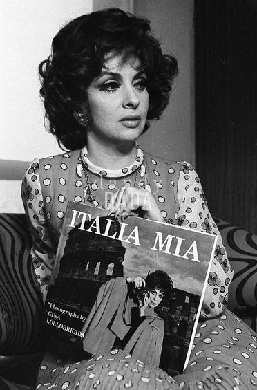 gina lollobrigida italia mia book