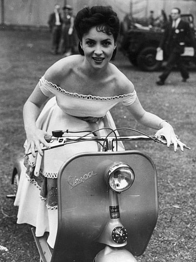 gina lollobrigida on vespa