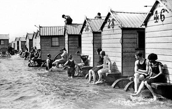 34884eaa34962 Bathing Machines Became Popular And Developed On The British Coasts Also  Reached Many Locations In The Vast British Empire And France Germany .