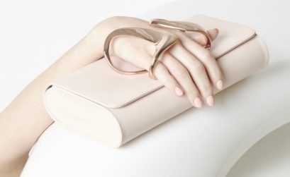 zaha-hadid-glove-clutch-blush thechicflaneuse