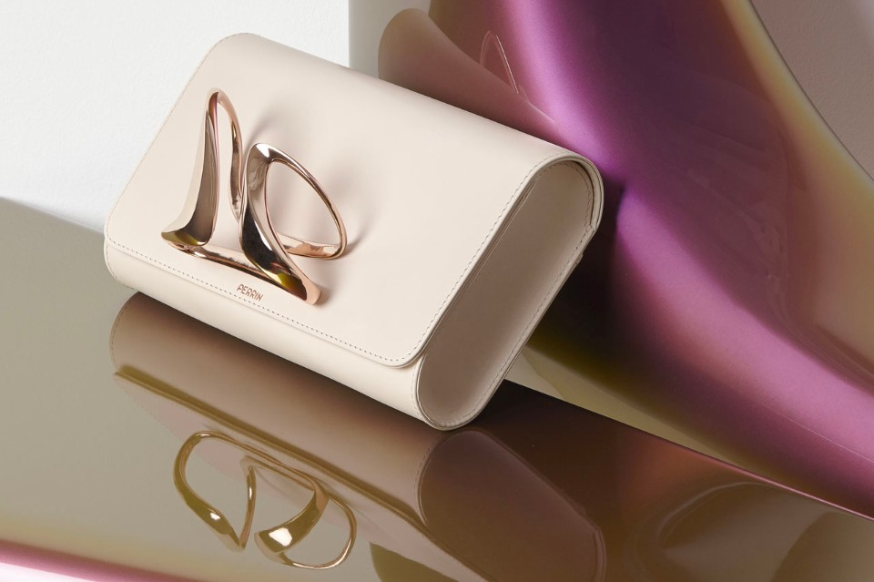 zaha-hadid-perrin paris glove-clutch-blush color the chicflaneuse