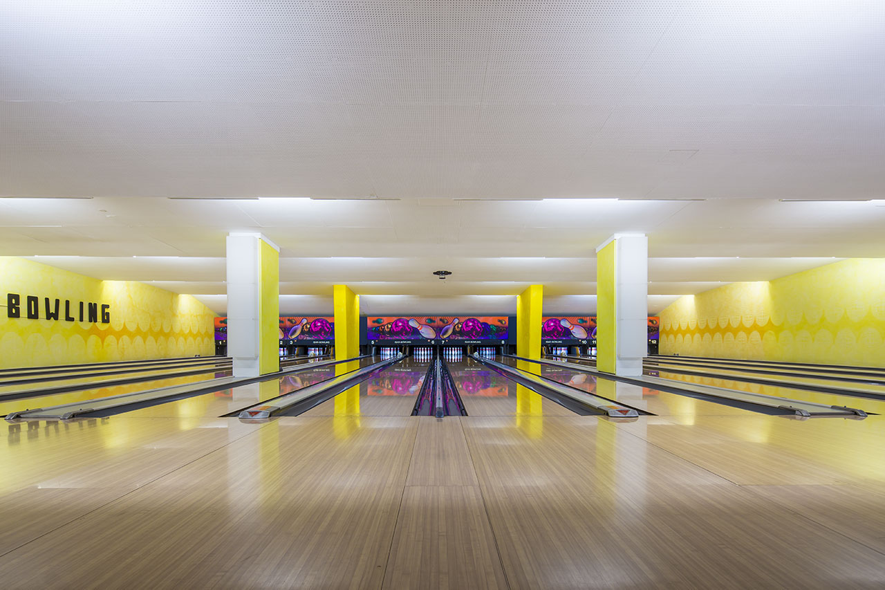vintage-bowling-alleys-robert-gotzfried-9 the chic flaneuse