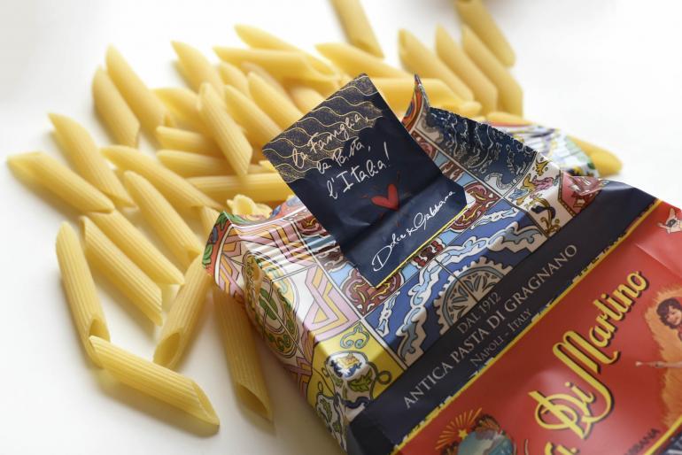 Dolce-Gabbana-pasta-open pack